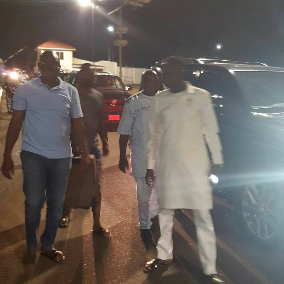 The Republican News: BREAKING: Fayose Stops DSS From Arresting Pastor John