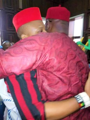 Ayo Fayose hugs Nnamdi Kanu in court, The Republican News